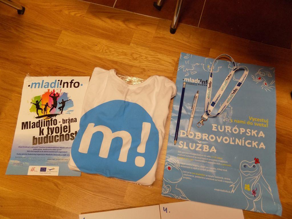 mladiinfo slovensko on megaphone 3